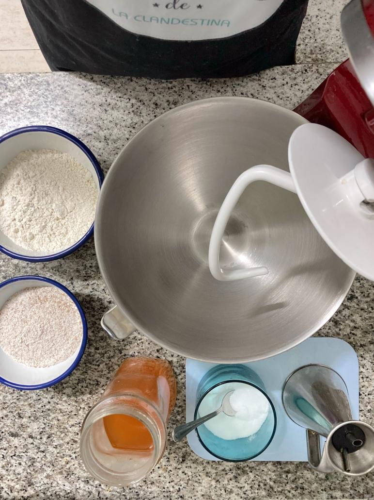 como hacer la pizza siciliana en casa | la Clandestina