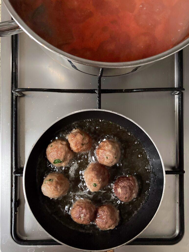 como se preparan las mejores albondigas de carne | la Clandestina